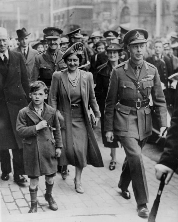 b98a75c2389 war and social upheaval: World War II Britain alone